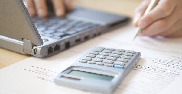 Use a calculator to calculate your structured settlement payments