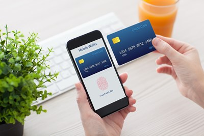 The Pros and Cons of Using a Smartphone as a Credit Card