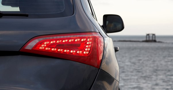 suv tail light