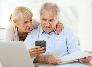 Filing taxes online is so easy this elderly couple can do it