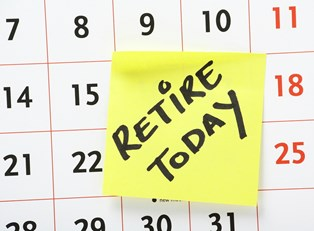 Sticky note on a calendar that shows your retirement planning