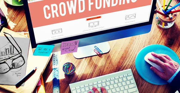 Person setting up a crowdfunding campaign