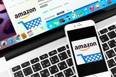 Shopper using amazon smile